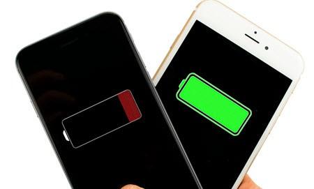 İphone 6s için Ücretsiz Pil Değişimi Yapabilirsiniz